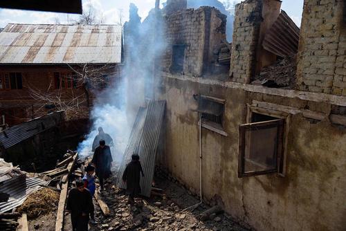 خانهای آسیب دیده از درگیری نظامی در کشمیر/SOPA