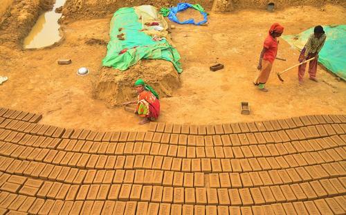 کارگاه آجرسازی در هند