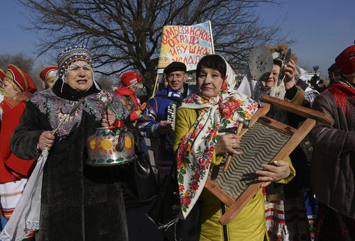جشنواره یک هفتهای فولکلور در آستاراخان روسیه