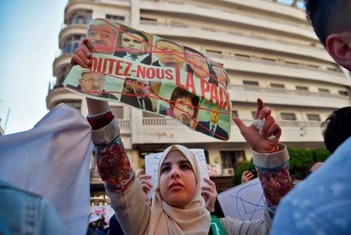 تظاهرات دانشجویان در پایتخت الجزایر علیه