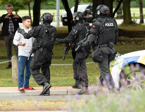 ممانعت پلیس نیوزیلند از ورود شهروندان به مناطق تیراندازی شده در شهر