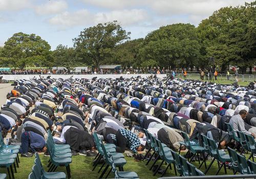 حضور 5 هزار مسلمان ساکن شهر