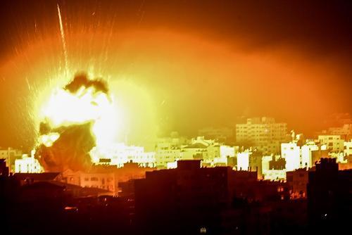 حمله هوایی جنگندههای اسراییل به نوار غزه/ قدس نت و خبرگزاری آلمان