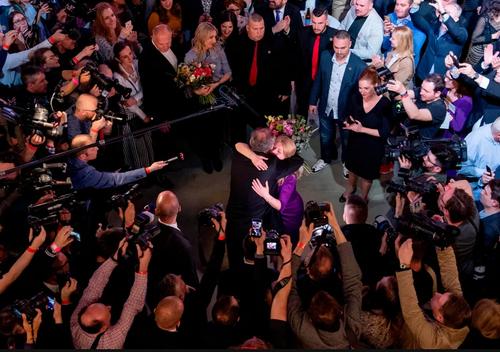 تبریک رییس جمهوری کنونی اسلواکی به نخستین رییس جمهوری زن منتخب این کشور