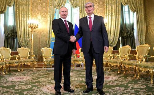 دیدار رییس جمهوری جدید قزاقستان با پوتین در کاخ کرملین/ ایتارتاس