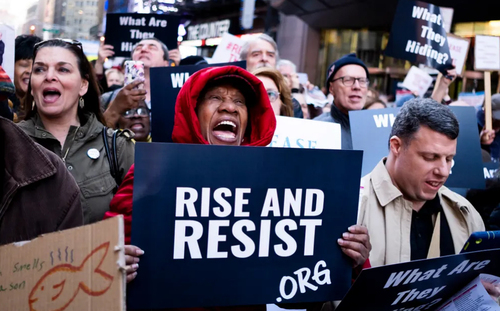 تظاهرات در شهر نیویورک آمریکا برای انتشار متن کامل گزارش