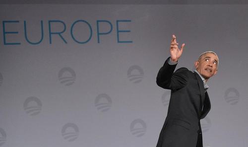 اوباما در جلسه پرسش و پاسخ به دانشجویان مدرسه مدیریت وفناوری اروپایی در شهر برلین آلمان/ خبرگزاری آلمان