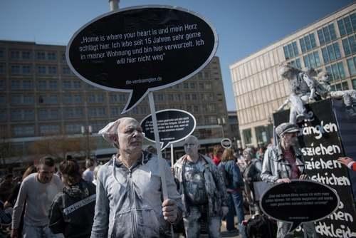 تظاهرات در اعتراض به افزایش بی رویه نرخ اجاره بهای مسکن در شهر برلین آلمان