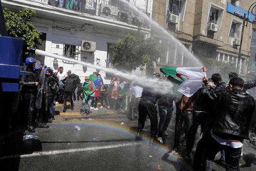 تظاهرات دانشجویی علیه