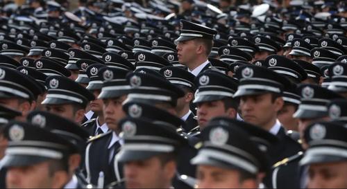 مراسم صدو هفتادوچهارمین سالگرد تاسیس نیروی پلیس در ترکیه (عثمانی سابق) در مقبره