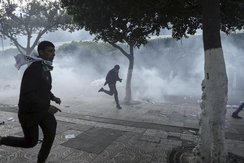 تظاهرات ضد حکومتی در پایتخت الجزایر / خبرگزاری آلمان