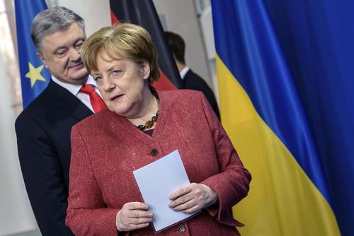 نشست خبری مشترک صدراعظم آلمان و رییس جمهوری اوکراین در برلین