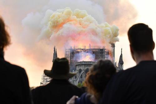 آتش سوزی کلیسای تاریخی