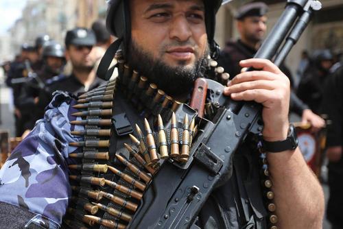 رژه نیروهای امنیتی غزه در جنوب باریکه غزه/ APA