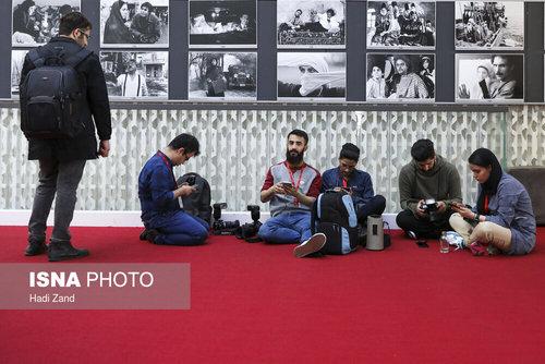 دومین روز سیوهفتمین جشنواره جهانی فیلم فجر (عکس) - 6