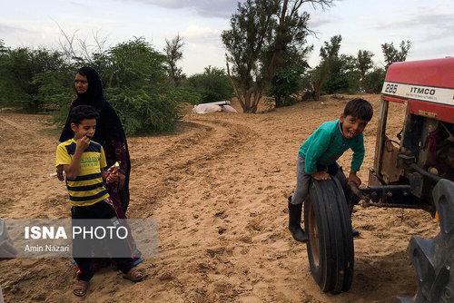 مردم سیلزده روستای خسرج حمیدیه ۳ هفته بعد از سیل (عکس) - 0