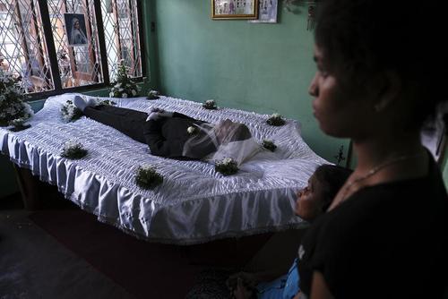 مراسم تشییع قربانیان حملات تروریستی اخیر در سریلانکا/ شینهوا