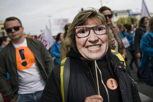 تظاهرات و اعتصاب سراسری معلمان لهستان در شهر ورشو/SOPA