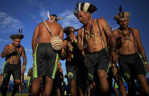 جشنواره یک هفتهای بومیان در پایتخت برزیل/ خبرگزاری فرانسه