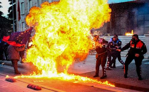 تظاهرات ضد دولتی در شهر