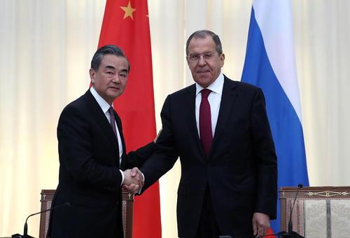 دیدار وزرای خارجه چین و روسیه در شهر سوچی روسیه/ ایتارتاس