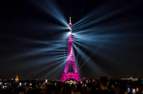 صدوسیامین سالگرد افتتاح برج