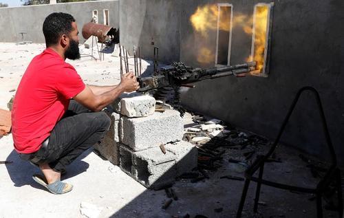 درگیری نیروهای دولت قانونی لیبی با نیروهای ژنرال