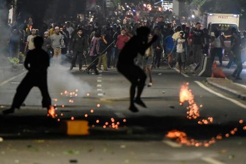 اعتراضات به نتایج انتخابات ریاست جمهوری اندونزی در شهر جاکارتا/ رویترز و گتی ایمجز