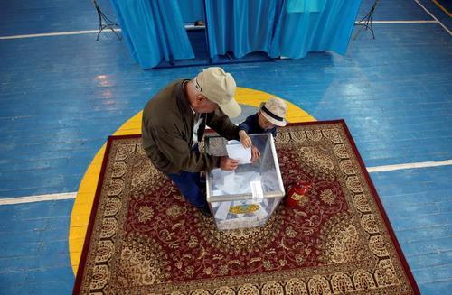 انتخابات ریاست جمهوری قزاقستان در روستایی در حومه شهر