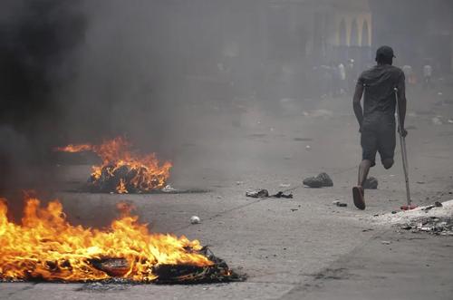 تظاهرات ضد حکومتی در پایتخت هاییتی/ آسوشیتدپرس