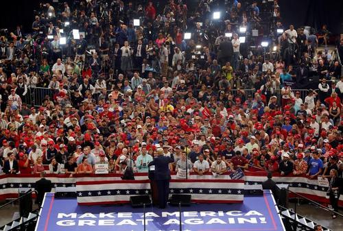مراسم آغاز رسمی کارزار انتخاباتی ترامپ برای انتخابات ریاست جمهوری 2020 آمریکا در شهر اورلاندو ایالت فلوریدا/ رویترز