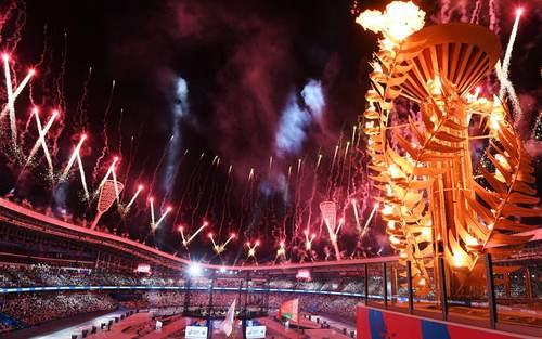 آیین افتتاحیه مسابقات اروپایی در استادیوم