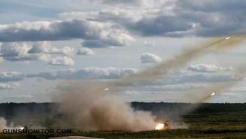 سیستم های موشکی تورنادو-جی در حال آتش