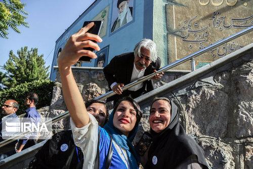 مشاهیر و مفاخر کُرد تجلیل شدند + تصاویر