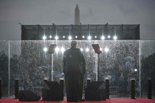 سخنرانی دونالد ترامپ در آیین سالگرد استقلال ایالات متحده آمریکا در شهر واشنگتن دیسی/ خبرگزاری فرانسه