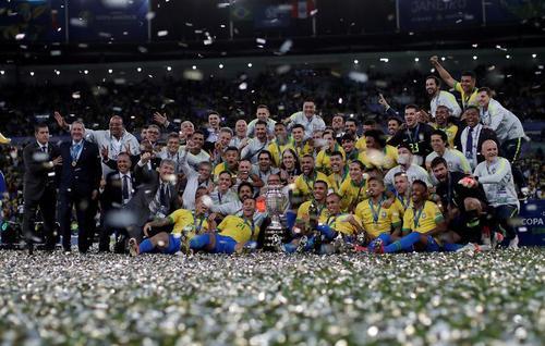 قهرمانی تیم ملی فوتبال برزیل در جام ملتهای آمریکای لاتین/ رویترز