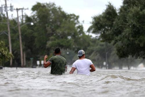 سیلاب ناشی از توفان