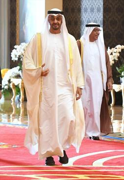 حضور ولیعهد ابوظبی در مراسم تاجگذاری