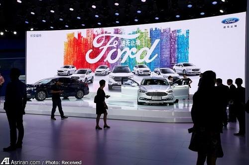 غرفه فورد و بازدیدکنندگان چینی در نمایشگاه بین المللی خودروی گوانگژو
