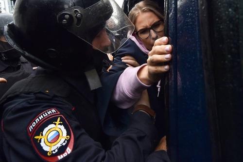 لیوبوف سوبول رهبر مخالفان دولت در میان بازداشتشدگان/ خبرگزاری فرانسه AFP