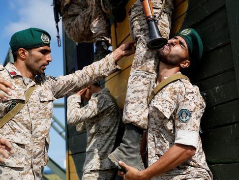 رقابت تیم نیروی دریایی ایران (تفنگداران دریایی ارتش ایران) در بازیهای ارتشهای جهان در روسیه/ رویترز