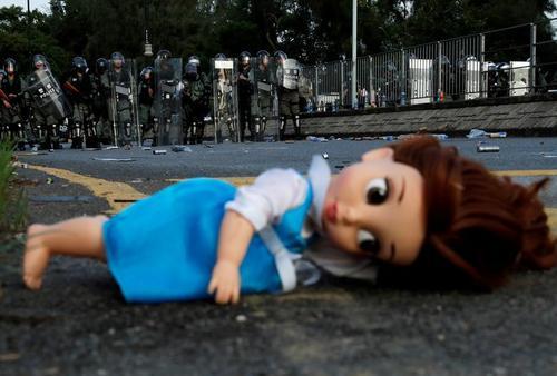 ادامه اعتراضات بر ضد چین در هنگکنگ/ رویترز