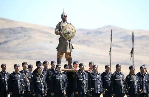 آیین افتتاح بازیهای ارتشهای جهان در پایگاهی نظامی در قزاقستان/ رویترز