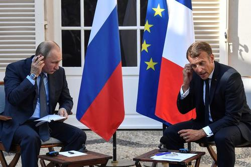 دیدار روسای جمهوری فرانسه و روسیه در جنوب فرانسه/ رویترز