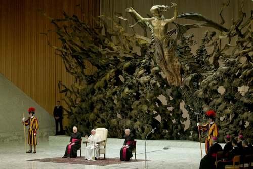 وعظ هفتگی پاپ فرانسیس در سالن