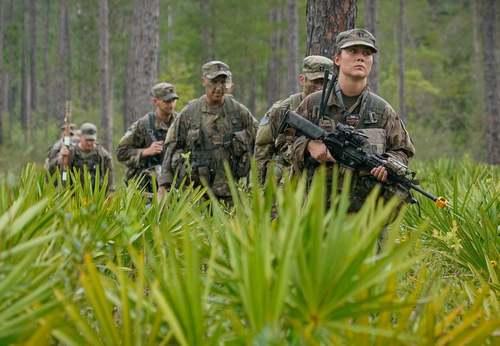رزمایش گروهی از نیروهای ارتش آمریکا در ایالت فلوریدا/ رویترز