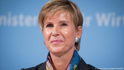 زوزانه کلاتن با ثروثی به میزان ۲۱ میلیارد دلار ثروتمندترین زن آلمانی محسوب می شود. ۵۰ درصد از سهم شرکت خودروسازی