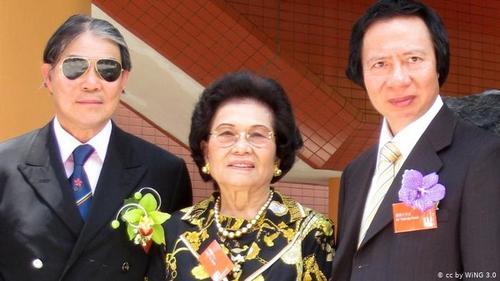 کونگ سیو هینگ ۸۹ ساله بزرگترین سهامدار شرکت املاک و مستغلات هنگ کنگ به نام
