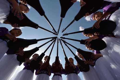 نوازندگان زن قرقیز در جشن بیست و هشتمین سالگرد استقلال کشور قرقیزستان در میدان اصلی شهر بیشکک (پایتخت)/ خبرگزاری فرانسه