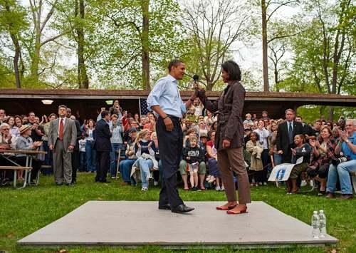 3 می 2008  سخنرانی انتخاباتی اوباما در یک پارک جنگلی در ایالت